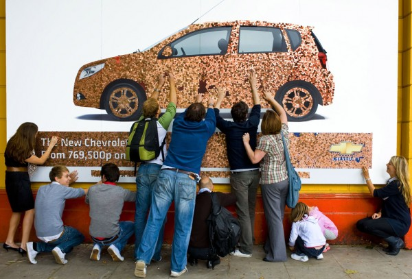 Chevrolet-Aveo-Penny-Billboard-2