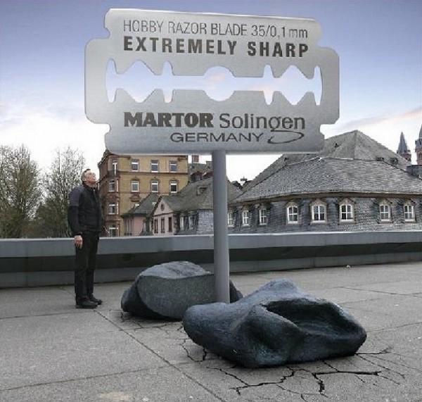 billboard outdoor venividi allemagne blade lame cutter pigeon meteorite meteor bird affichage alternatif XXL 3