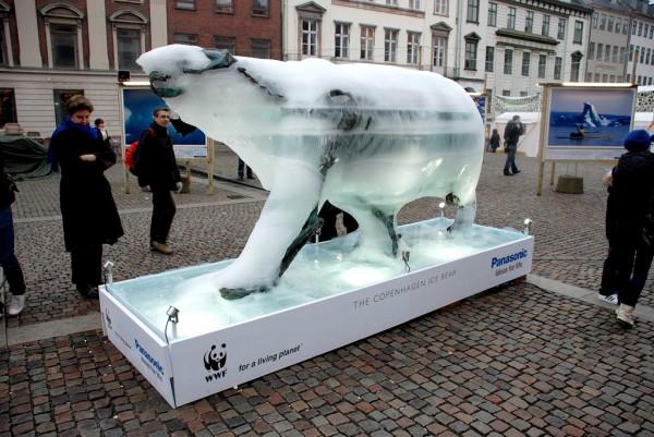 copenhagen copenhague WWF ice glace sculpture PR stunt center sommet arctic arctique ONG marketing alternatif ours bear 4