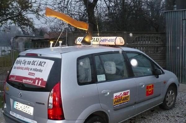 mbank ambient marketing taxi outdoor billboard hache pologne varsovi 2 600x396 Как польские операторы сотовой связи рубанули тарифы
