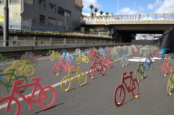 urbis designday 2013 ambient marketing art installation bike color resene matter auckland road 5