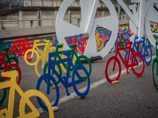 urbis designday 2013 ambient marketing art installation bike color resene matter auckland road 6